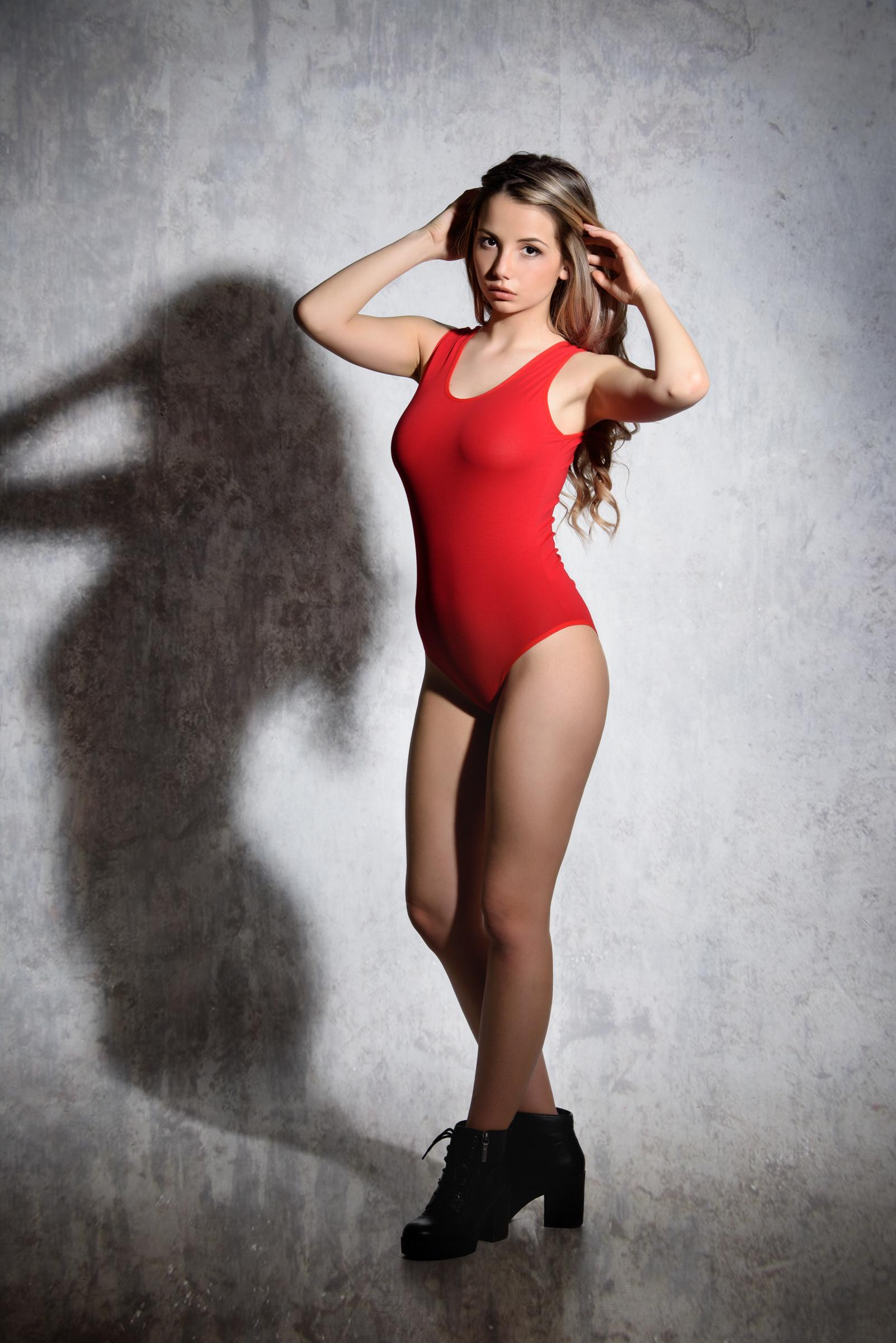 EVONI Damenbody Body mit breiten Trägern Baumwolle